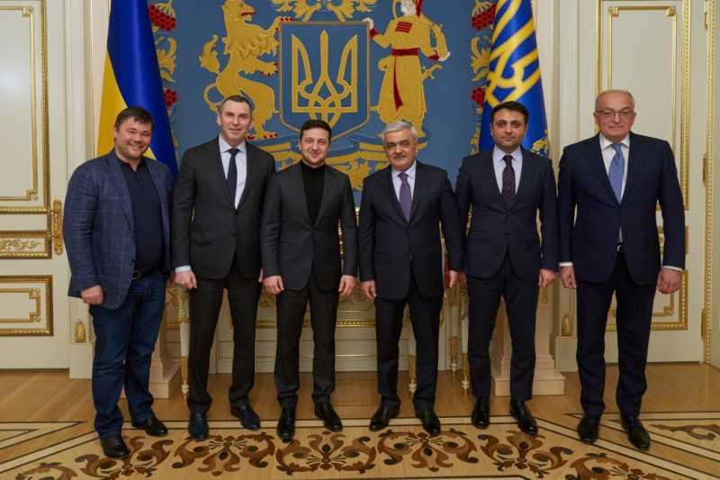 Глава государства встретился с президентом компании SOCAR