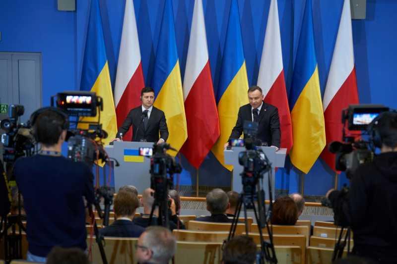 Президент Украины поддержал обращение к центру памяти Холокоста о присвоении митрополиту Андрею Шептицкому почетного звания Праведника народов мира