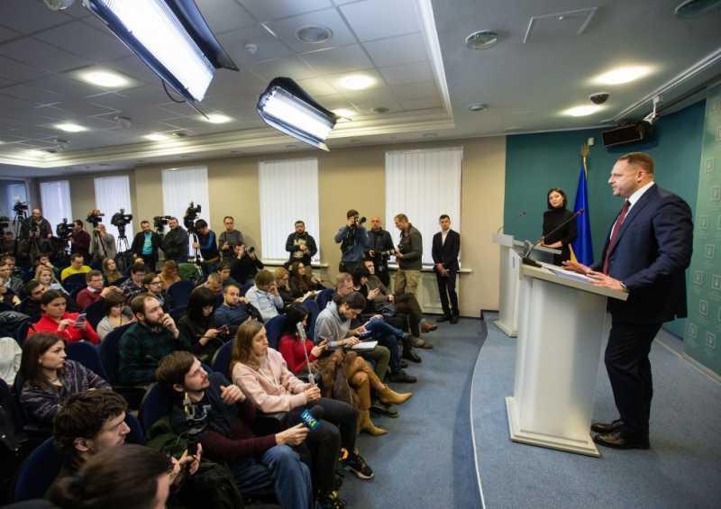 Андрей Ермак и в дальнейшем будет заниматься вопросами переговоров с Российской Федерацией и освобождения пленных
