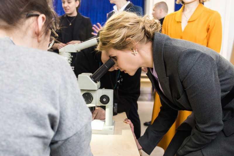 Елена Зеленская посетила открытие фестиваля «NEOсвітній Арсенал»