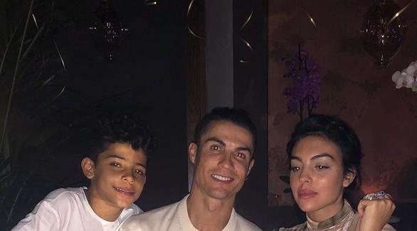 Криштиану Роналду отметил 35-летие: друзья сделали футболисту сюрприз
