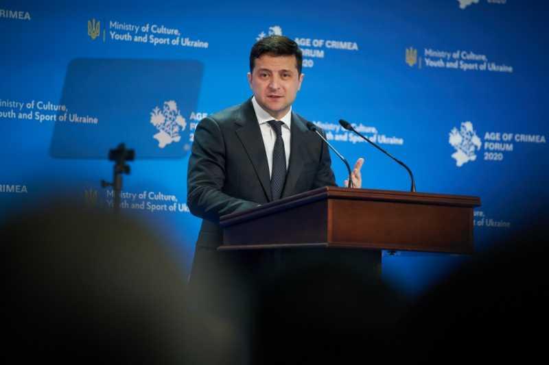 На админгранице с оккупированным Крымом откроется большой хаб для обслуживания граждан, а канал ATR продолжит вещание – Владимир Зеленский