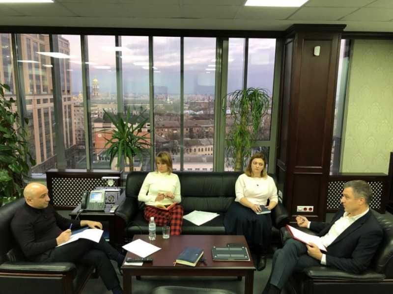 Николай Кулеба обсудил с заместителем Генерального прокурора проблемы расследования преступлений, касающихся детей