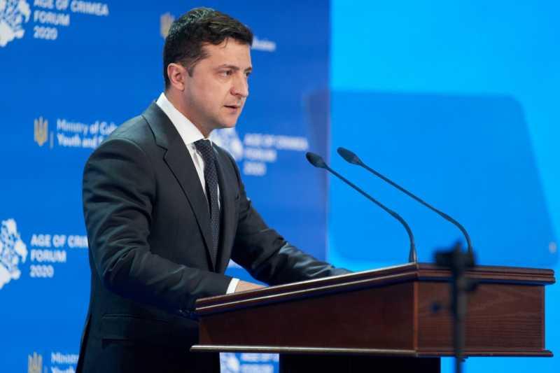 Президент Украины устанавливает 26 февраля День сопротивления оккупации Крыма и Севастополя