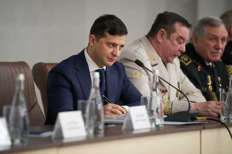 Владимир Зеленский призвал представителей правительства посетить шахтерские города, чтобы лучше понять потребности регионов