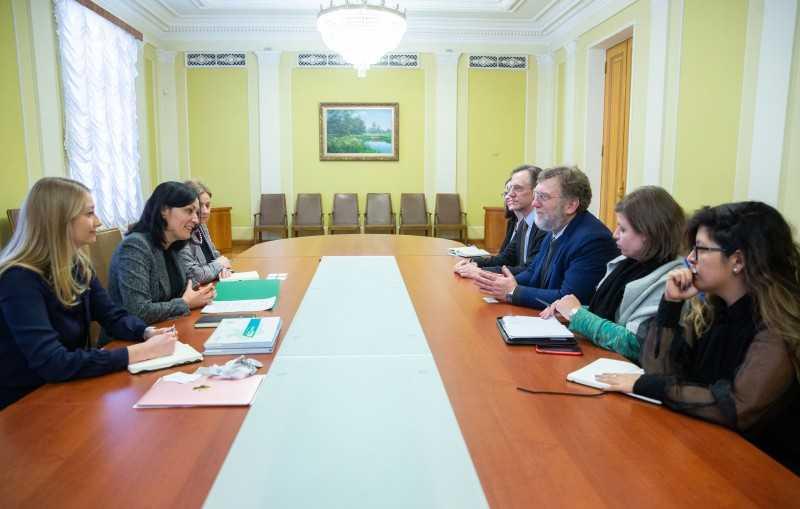 Заместитель руководителя Офиса Президента Юлия Ковалив обсудила расширение сотрудничества с представителями Американской корпорации по финансированию международного развития