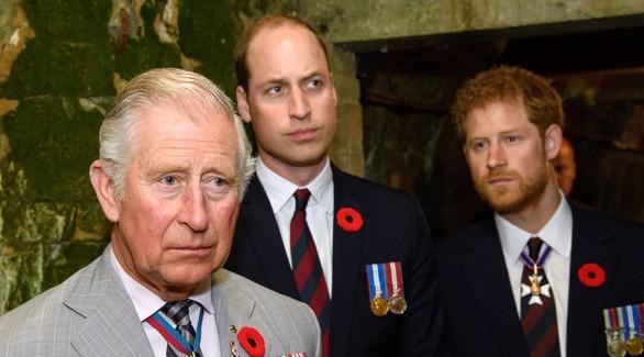 Что будет с королевой? Принц Чарльз заразился коронавирусом