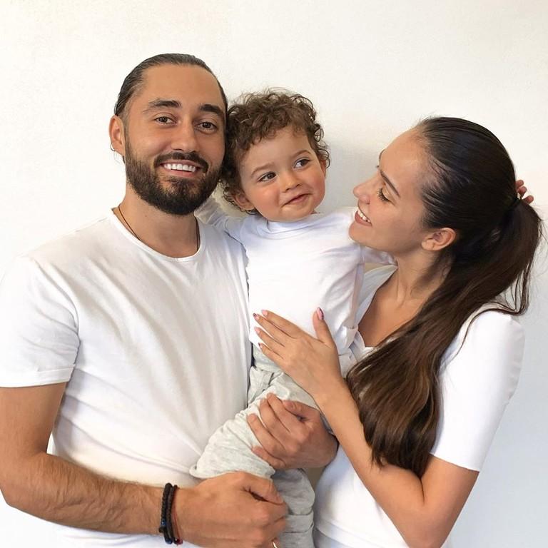 Мот, Мария Мельникова и их ребенок