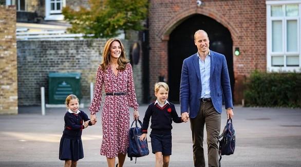 Кейт Миддлтон с детьми заметили в супермаркете