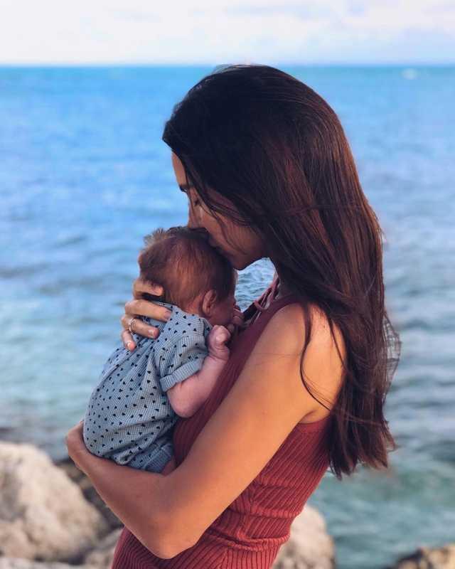 Оксана Самойлова с сыном