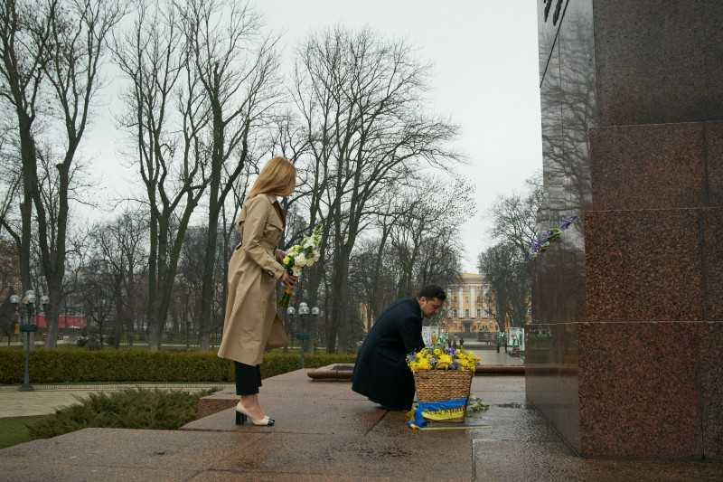 Президент почтил память Тараса Шевченко