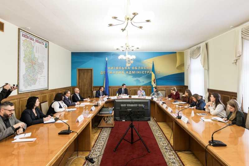 Супруга Президента и руководство Киевской ОГА обсудили первые результаты проекта по улучшению системы питания в школах области