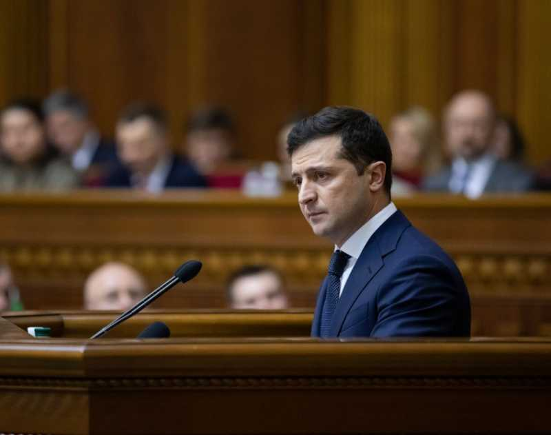 Выступление Президента Украины Владимира Зеленского на внеочередном заседании Верховной Рады