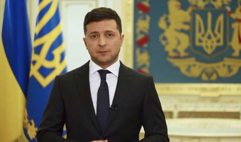 Изменения в бюджет, наказание за поджог травы и поддержка учителей: обращение Главы государства к украинцам