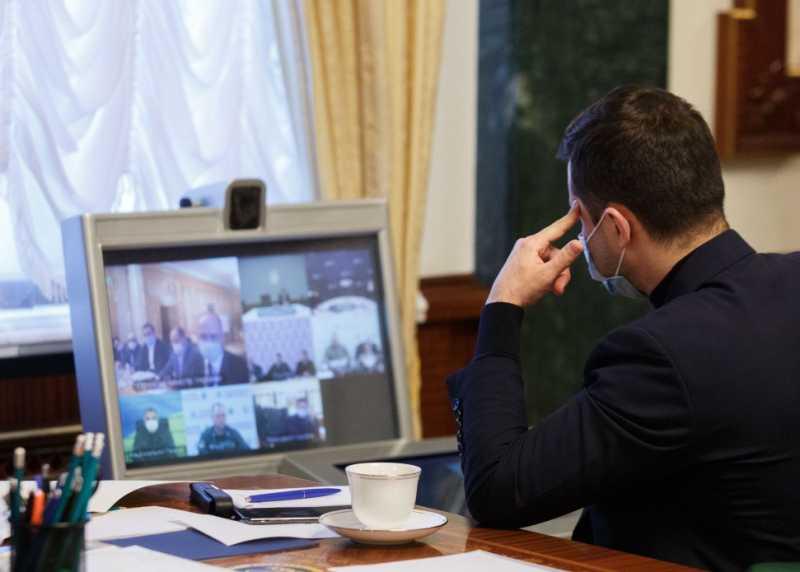 Мы должны обезопасить украинцев от эпидемии коронавируса во время пасхальных праздников – Президент