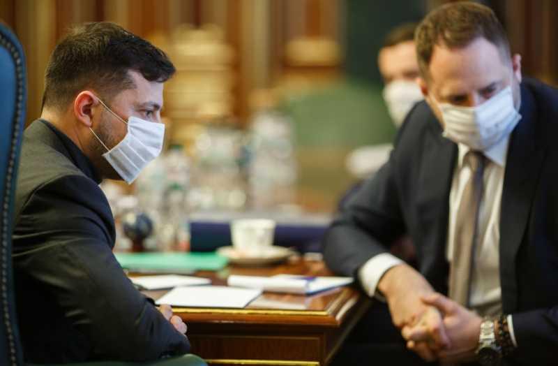 Президент провел ежедневное совещание по борьбе с распространением коронавируса