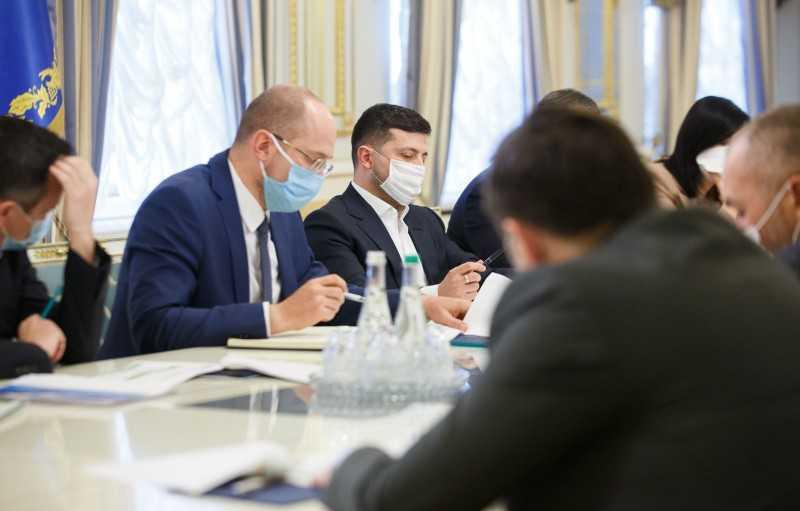 Владимир Зеленский инициировал создание программ для поддержки малого и среднего бизнеса во время эпидемии коронавируса