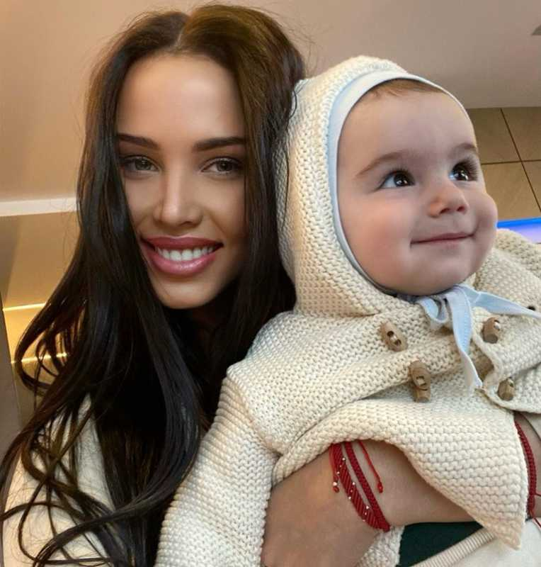 Анастасия Решетова с сыном