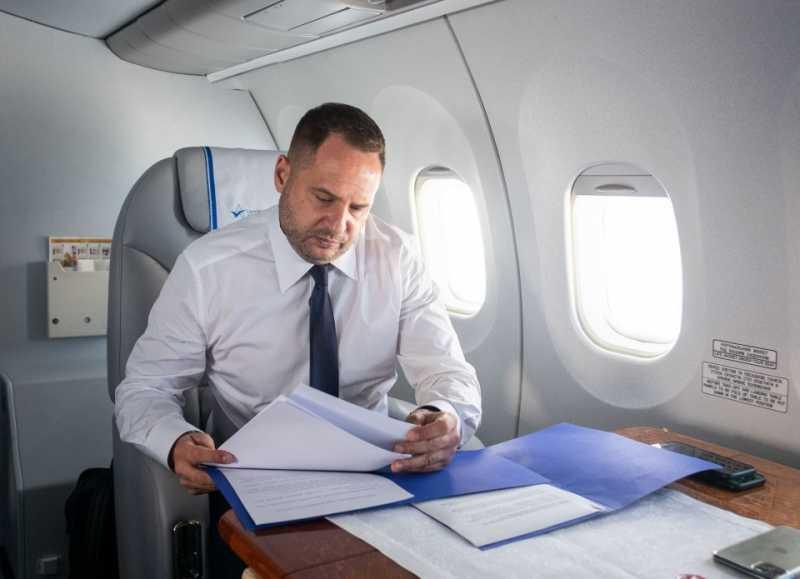 Андрей Ермак в составе украинской делегации совершит рабочий визит во Францию