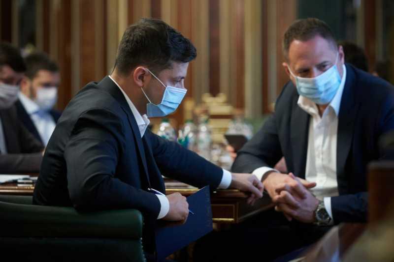 Беспечность в отношении средств защиты от коронавируса несет большие угрозы – Президент