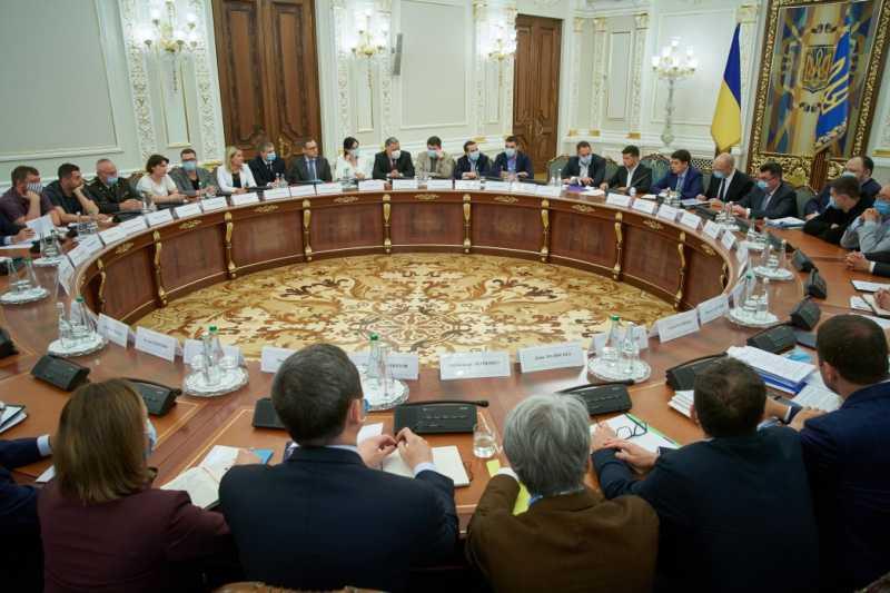 Кабинет Министров готов на этой неделе представить парламенту обновленную Программу действий правительства 2.0 – Президент