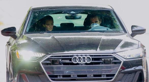 Новые фото! Джейка Джилленхола и его девушку «поймали» папарацци