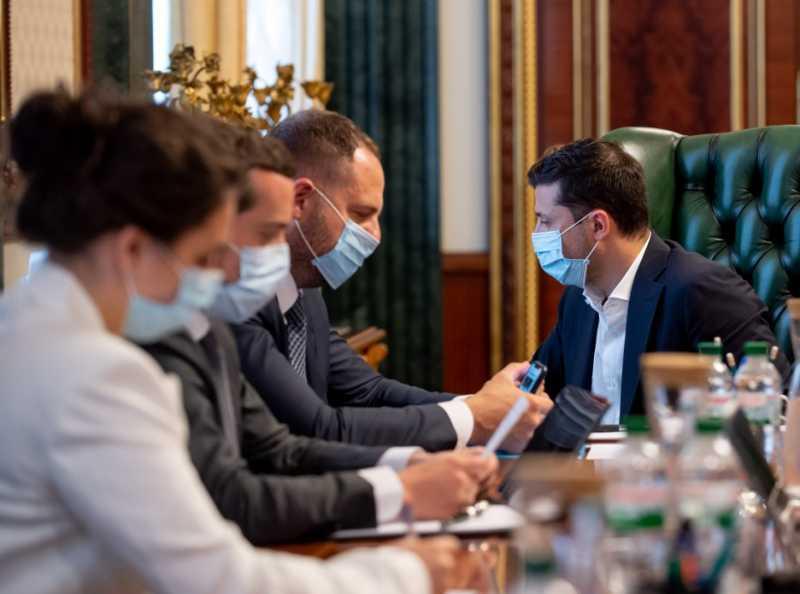 Президент провел традиционное селекторное совещание по предотвращению распространения коронавируса