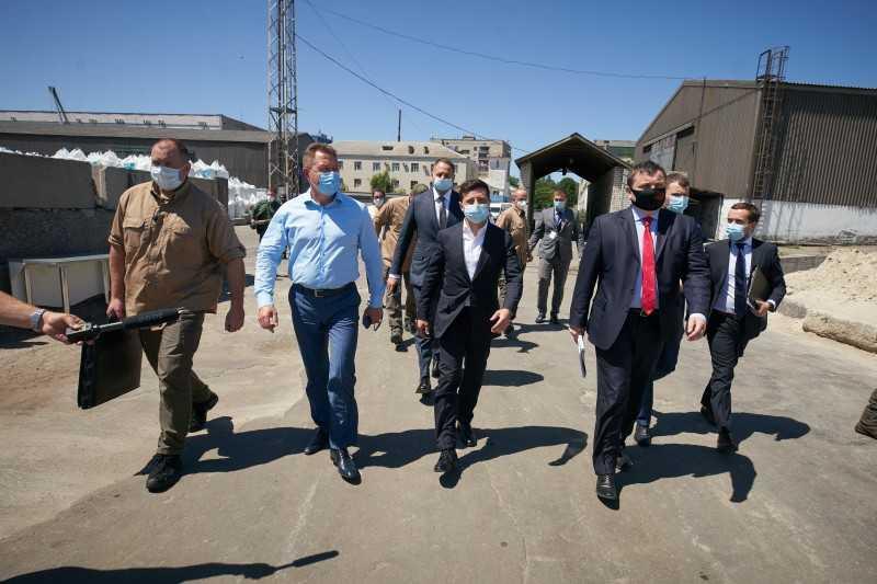 Владимир Зеленский принял участие в церемонии подписания соглашения о первой морской концессии в Украине