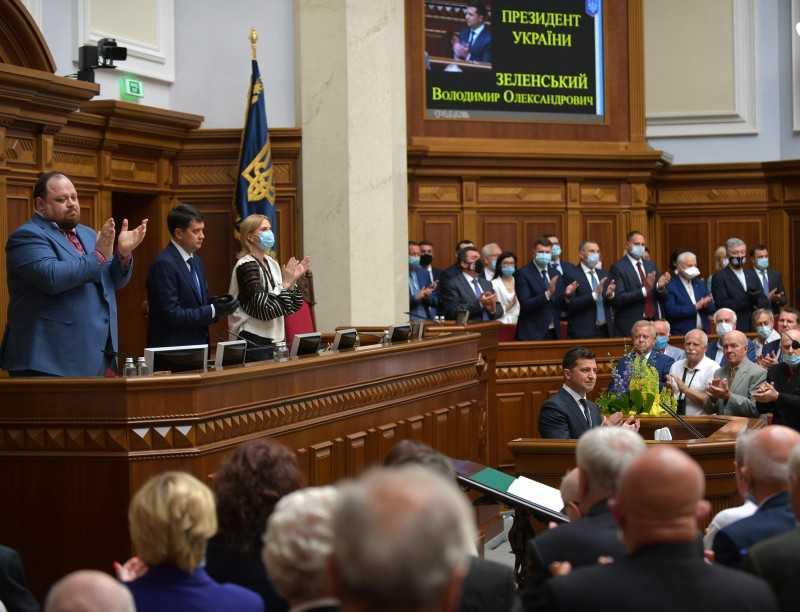 Президент по случаю 30-й годовщины принятия Декларации о государственном суверенитете Украины: Не устану призывать нас к настоящему единству, так как в нем – наша сила и победа
