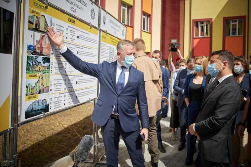 Владимир Зеленский ознакомился с реализацией Национальной программы «Большое строительство» в Черновицкой области