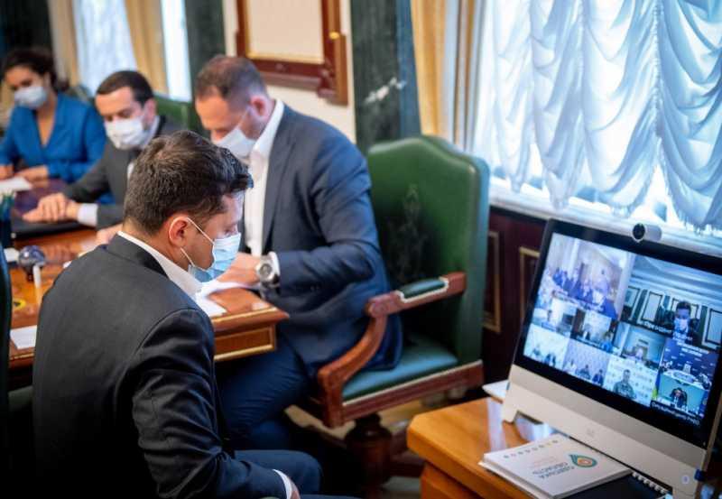 Владимир Зеленский поблагодарил правоохранителей и спецслужбы за операцию по освобождению заложников