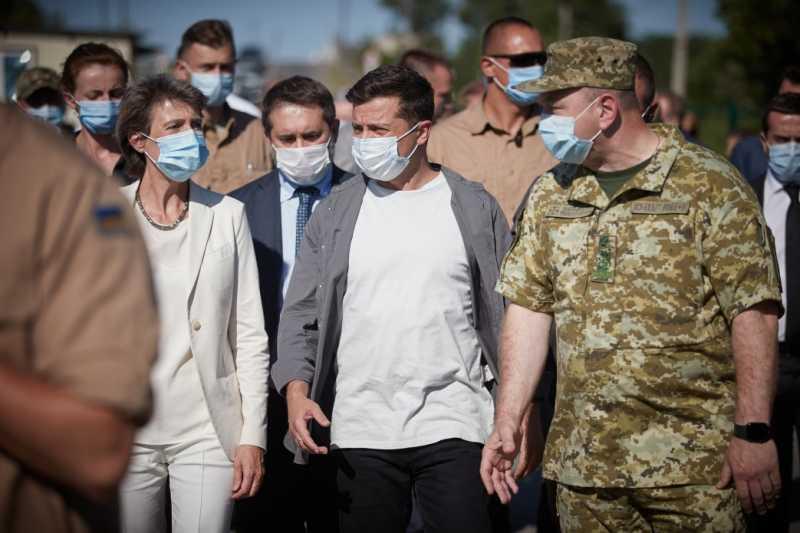 Владимир Зеленский: Соглашение о полном и всеобъемлющем прекращении огня на линии разграничения на Донбассе ожидает подписания всеми сторонами Нормандского формата