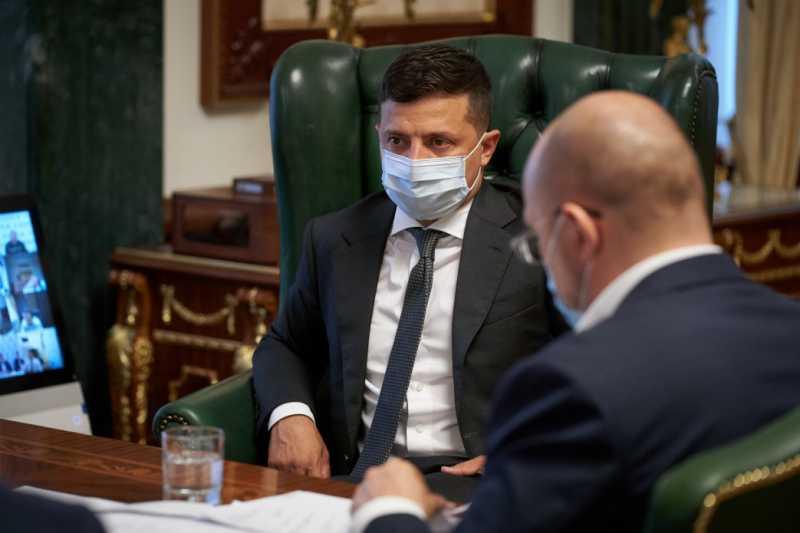 Если в Украине ежесуточно будет фиксироваться более 2 тыс. случаев коронавируса, то количество смертей увеличится до 40-50 – совещание у Президента