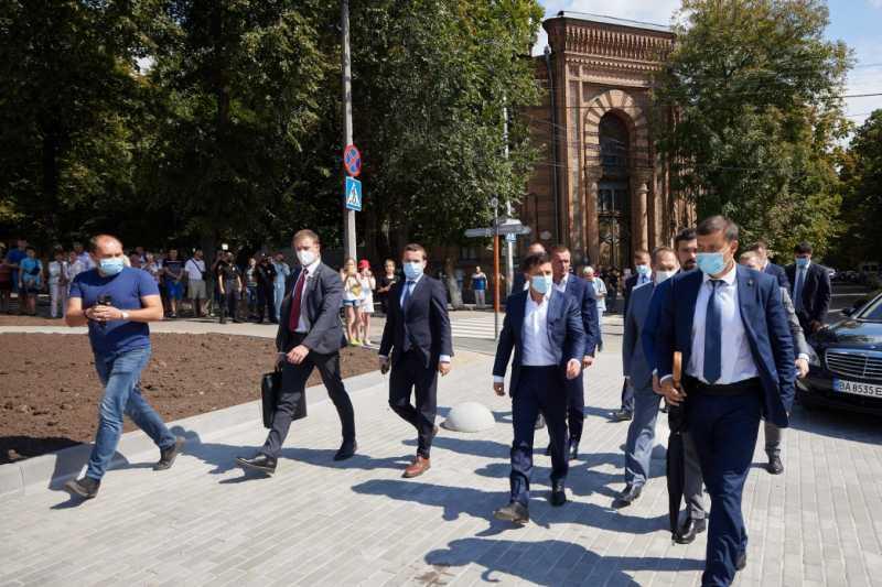 Кировоградщина получит такого же хозяйственника, как в других регионах – Президент во время общения с жителями Кропивницкого