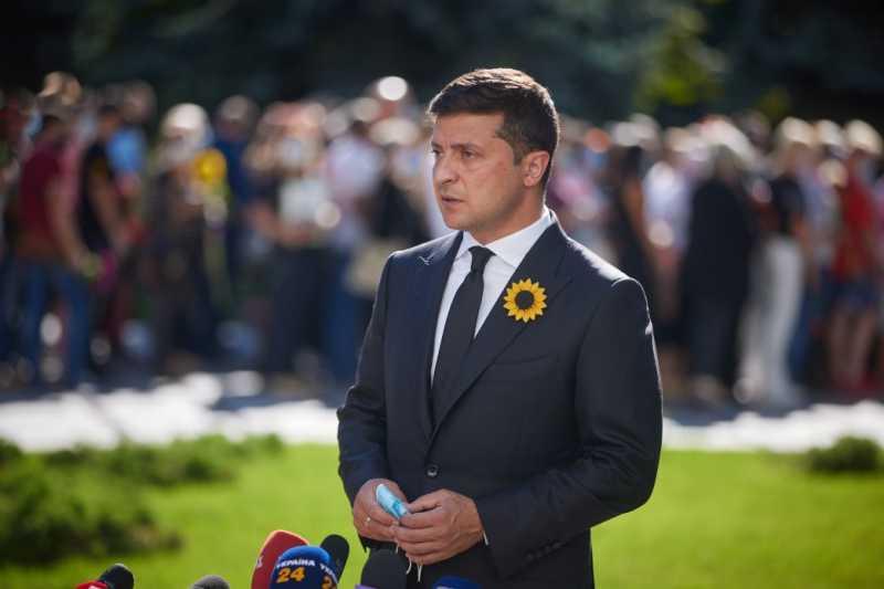 Правоохранительные органы должны показать результат в расследовании Иловайской трагедии – Президент