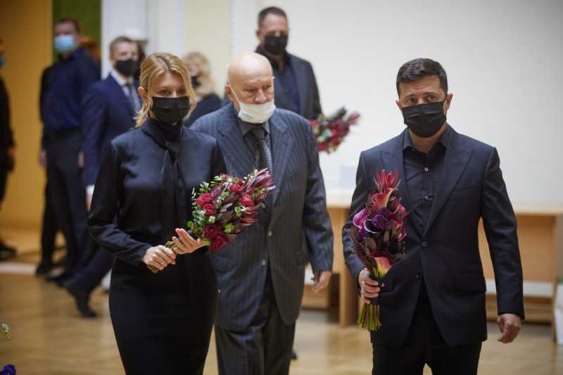 Президент и первая леди попрощались с ученым Борисом Патоном