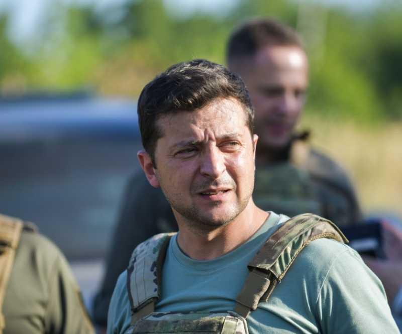 Президент лично проверил соблюдение режима тишины на Донбассе