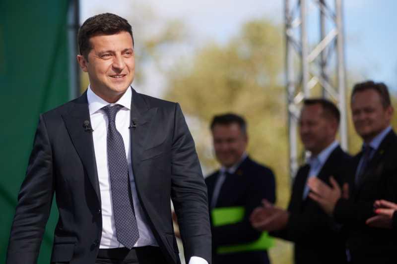 Президент во время представления Стратегии развития Черкасчины: Активное участие в жизни своей области – это ключ к богатой Украине