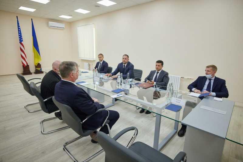 Владимир Зеленский встретился в Кривом Роге с заместителем Государственного секретаря США