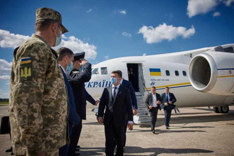 Глава государства прибыл с рабочей поездкой в Житомирскую область