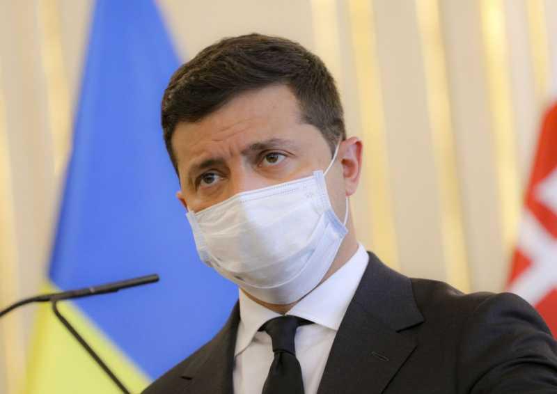 Украина не реагирует на шантаж в вопросе достижения мира на Донбассе, но пытается поддерживать шаткий диалог ради достижения результата – Владимир Зеленский