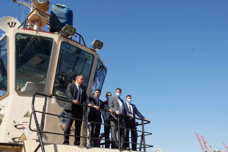 Владимир Зеленский ознакомился с реконструкцией причала Одесского морского порта