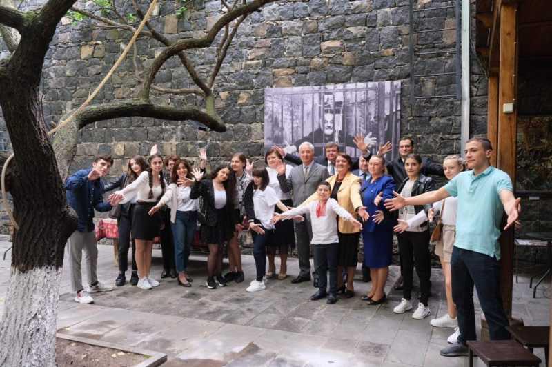 В рамках инициативы Елены Зеленской украиноязычный аудиогид заработал в Музее Сергея Параджанова в Армении
